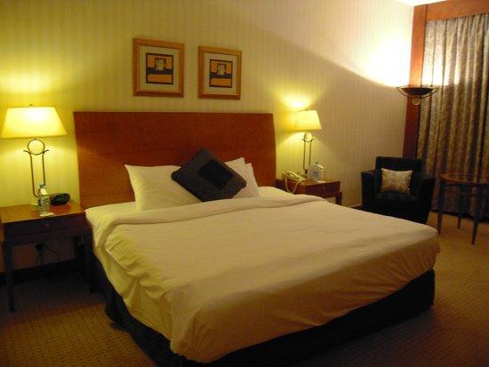 Le Meridien Amman : cama keen-size