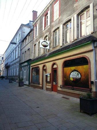 Gueret, France : Façade du Restaurant