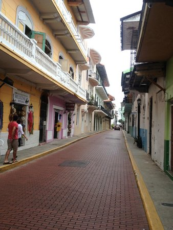 Casco Viejo: Streetscape