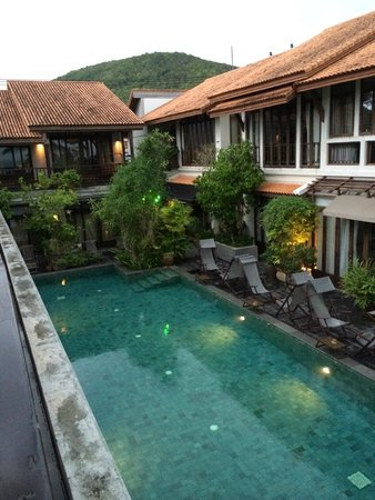 The Scent Hotel : Pool