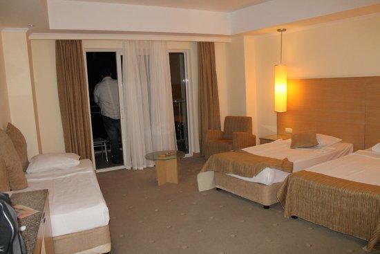 Sealight Resort Hotel: Standard Room 2422