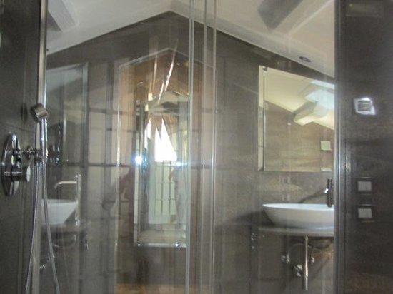 Hotel Campiello: doccia spaziale