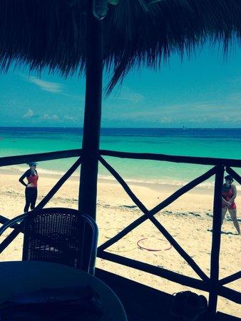 Melia Cayo Coco: The beach bar