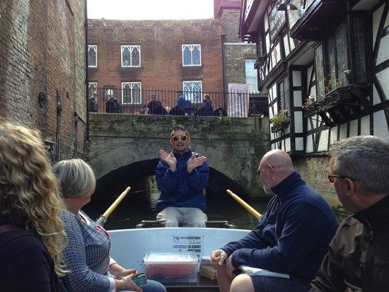 Canterbury Historic River Tours: George, our guide explaining the rules