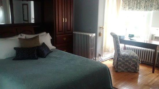 Cornerstone Bed & Breakfast : The University suite