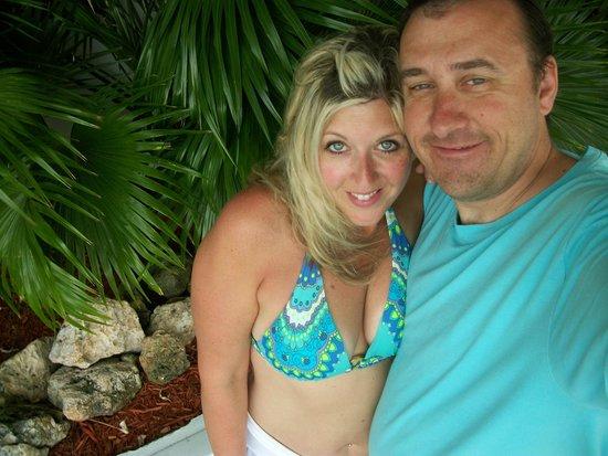 Beachcomber Beach Resort & Hotel: me and my sweetie