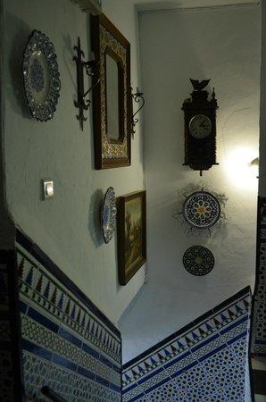 Hostal Trinidad: Stairs