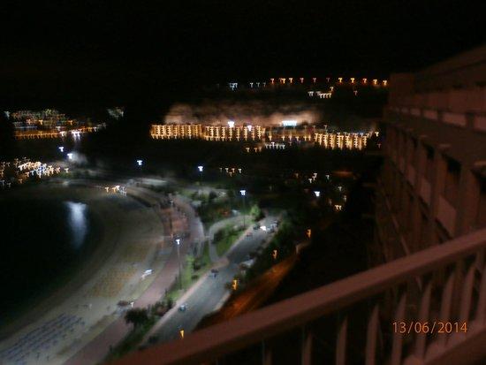 ClubHotel Riu Vistamar: The evening View