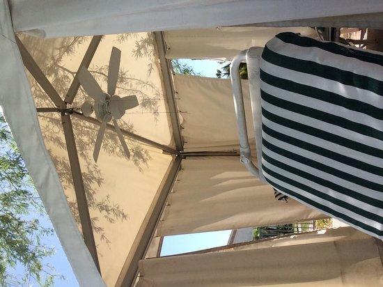 Arizona Grand Resort & Spa: Always get a cabana
