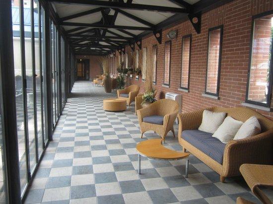 Pacific Hotel Fortino: Переход между корпусами