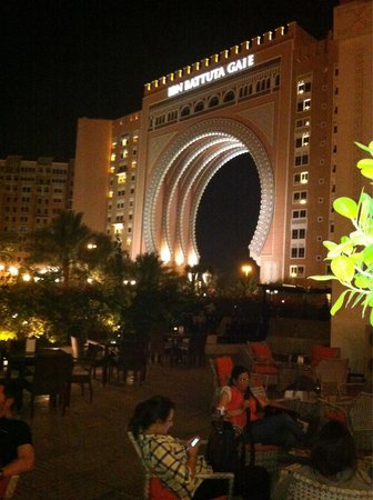 Movenpick Ibn Battuta Gate Hotel Dubai: Time to relax
