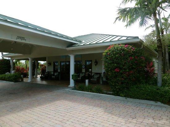 Royal West Indies Resort: hotel entrance