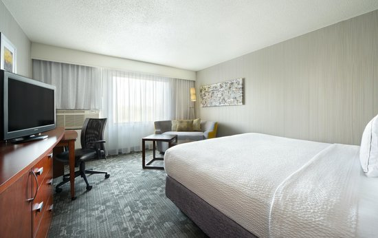 Courtyard South Bend Mishawaka: King Room