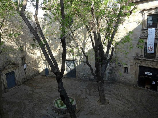 Hotel Neri Relais & Chateaux: View from our room of Filip Courtyard