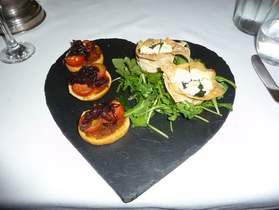 Ashmount Country House: goats cheese tartlets
