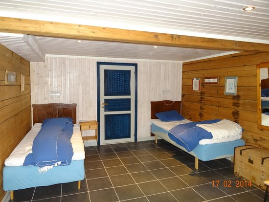 Kongsfjord Gjestehus: Our room suitable for the disabled