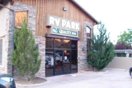 Quality Inn at Zion Park: Motel entrance