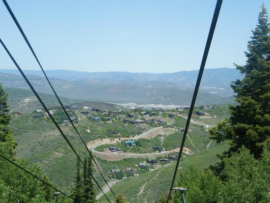 Park City Utah Summer Attractions: On the way down the Town Lift