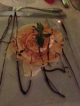 Restaurant Riad Monceau: dessert pastilla au lait et chocolat