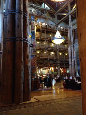 Disney's Wilderness Lodge: Lobby