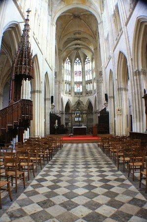 Abbaye de la Trinite: Внутреннее убранство аббатства