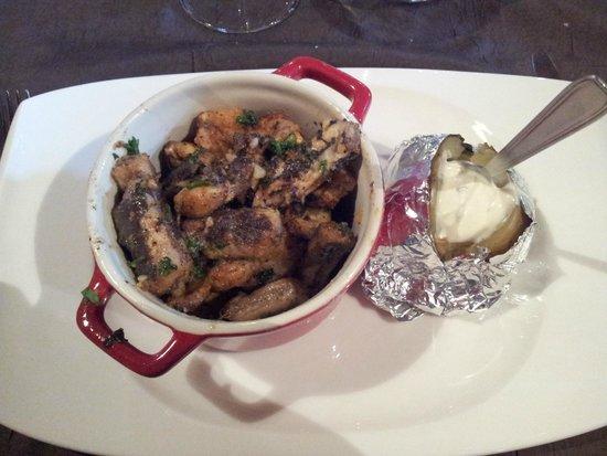 Auberge de Kerhinet : cassolette anguille, cuisses de grenouilles