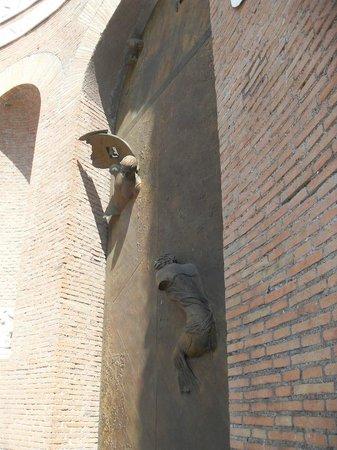 Basilica di Santa Maria degli Angeli e dei Martiri: detalle del exterior