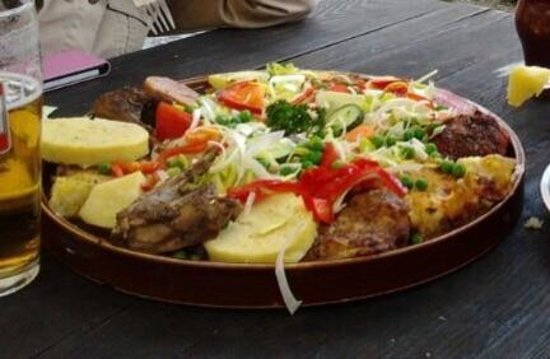U Dwau Maryi: Plato estrella del menú