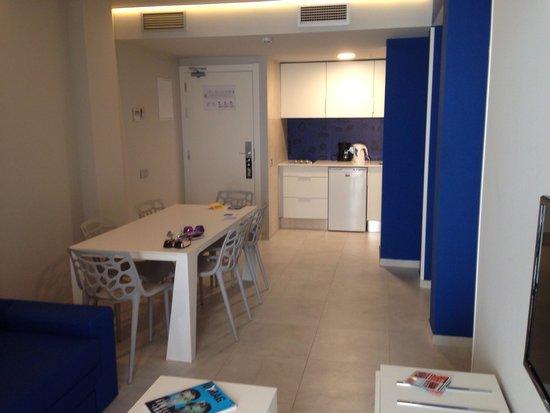 Ryans Ibiza Apartments: Sala de apartamento T2