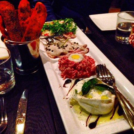 Brasserie Van Dam: Shared Dining!