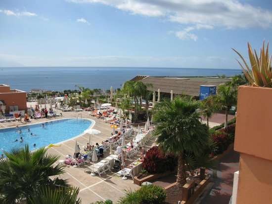 Be Live Family Costa los Gigantes : Pool/ Ocean