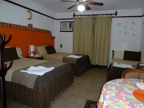 Suites Fenicia: especial para grupo de amigos o familias caben hasta 5 p.