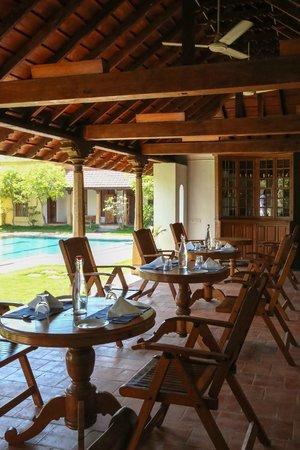 Visalam: Pool Side dining