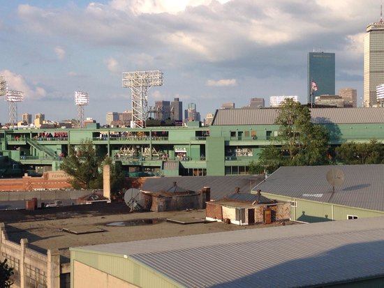 Residence Inn by Marriott Boston Back Bay/Fenway: Picture of Fenway from the roof top Terrance