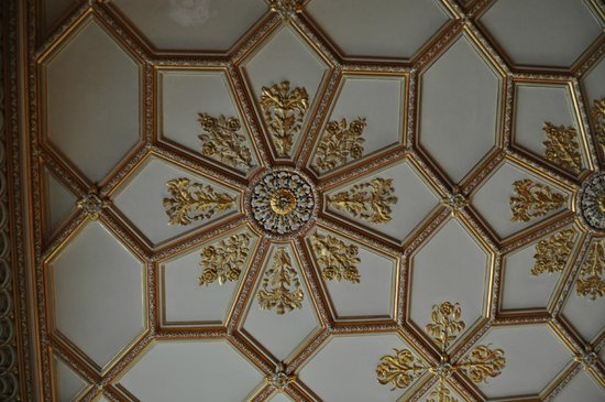 Charlecote Park: ceiling decoration in the house
