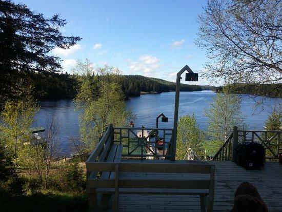 La Seigneurie du Triton: Le ponton et le lac
