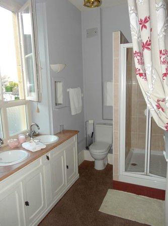 L'Octroi Saint Jacques: La salle de bain