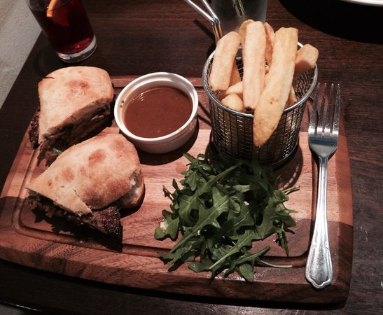 Sheries Cafe Bar: Best steak sandwich in Dublin!!!