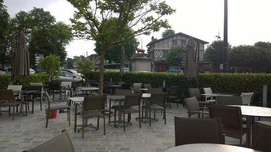 10 chateau d 39 ermenonville la table du poete La table italienne senlis
