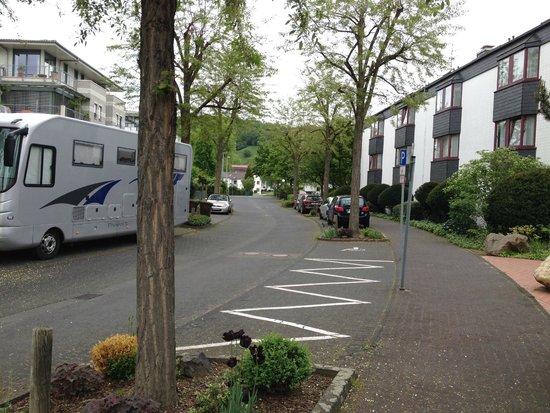 Azk Königswinter: Residential street outside the hotel entrance