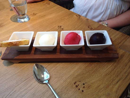 Dormy House Hotel: Pudding at dormy house....delicious