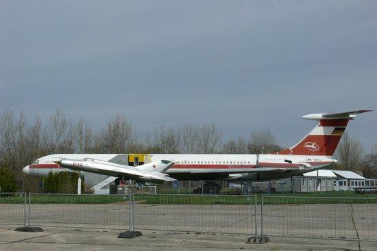Luftfahrt und Technik Museumspark Merseburg: Passagiermaschine der Interflug, beherbergt ein Cafe