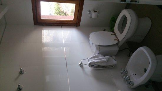 La Barraca Suites: Baño habit. 5