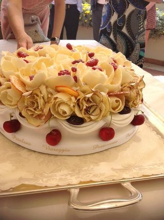 My perfect traditional Italian wedding cake Picture of Pasticceria