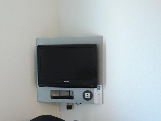 Hotel Ibis Budget Brugge Centrum Station : TV