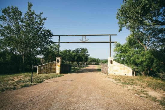 Rocker B Ranch 2019 Prices Amp Reviews Graford Tx