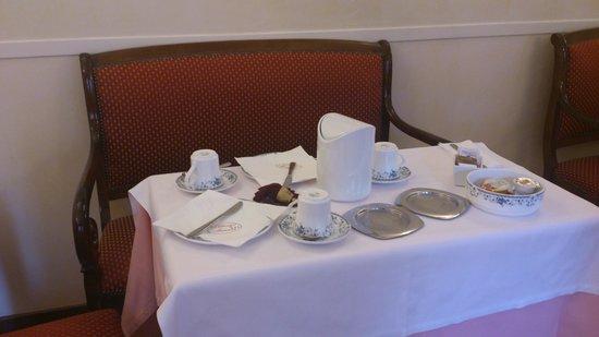 Hotel Firenze: desayunos
