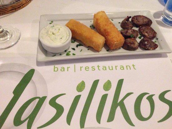 Vasilikos bar-restaurant: Mezes platter-saganaki, Greek sausage & tzatziki