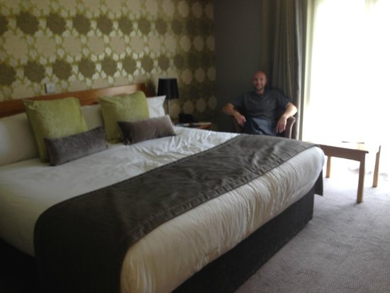 Thornton Hall Hotel & Spa: the massive bed ,   well half of it