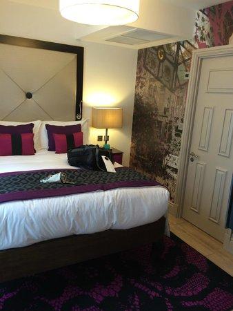 Hotel Indigo London Kensington: Junior Suite bedroom